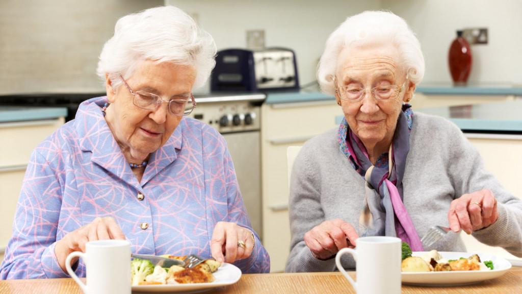 Питание для пожилого человека, страдающего ожирением