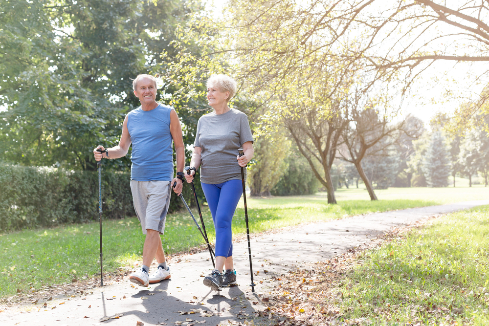 Скандинавская ходьба для пожилых