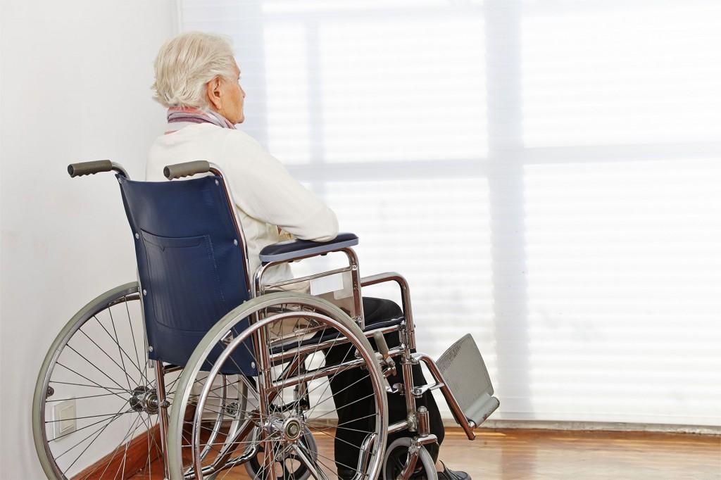 Уход за пожилыми инвалидами-колясочниками