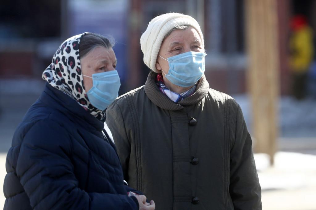 Чем опасен коронавирус для стариков