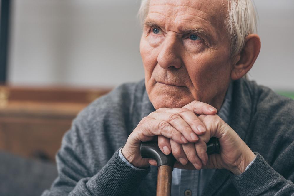 Почему пожилой человек худеет?
